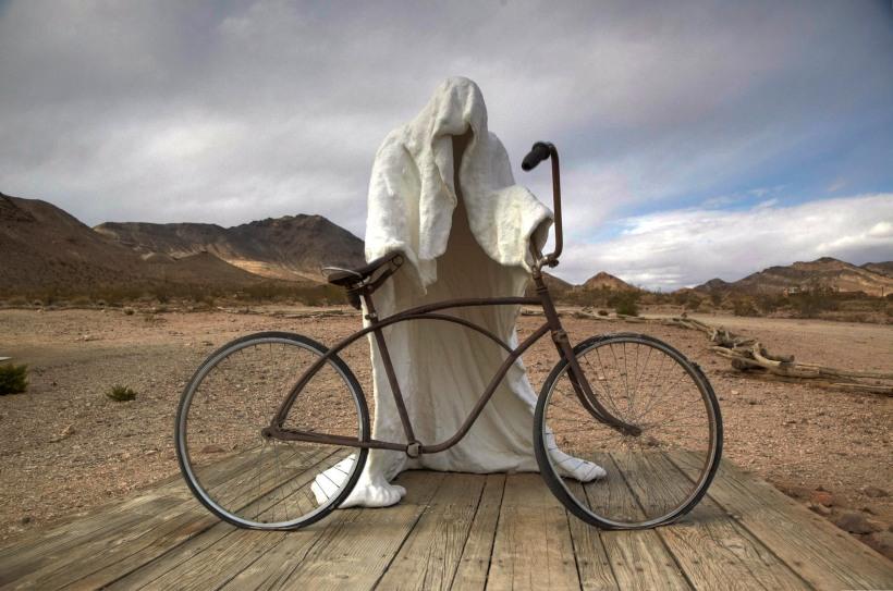 Death Valley - Bike Rider