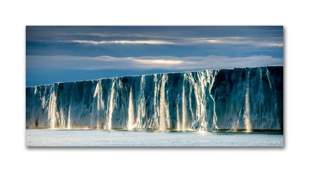 Icewall, Brasvellbreen, Svalbard